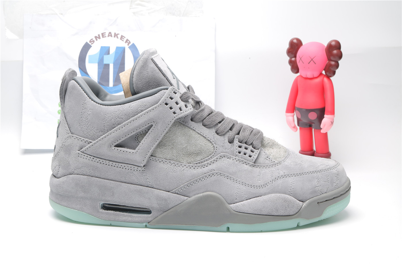 NIKE KAWS X Air Jordan 4 Cool Grey