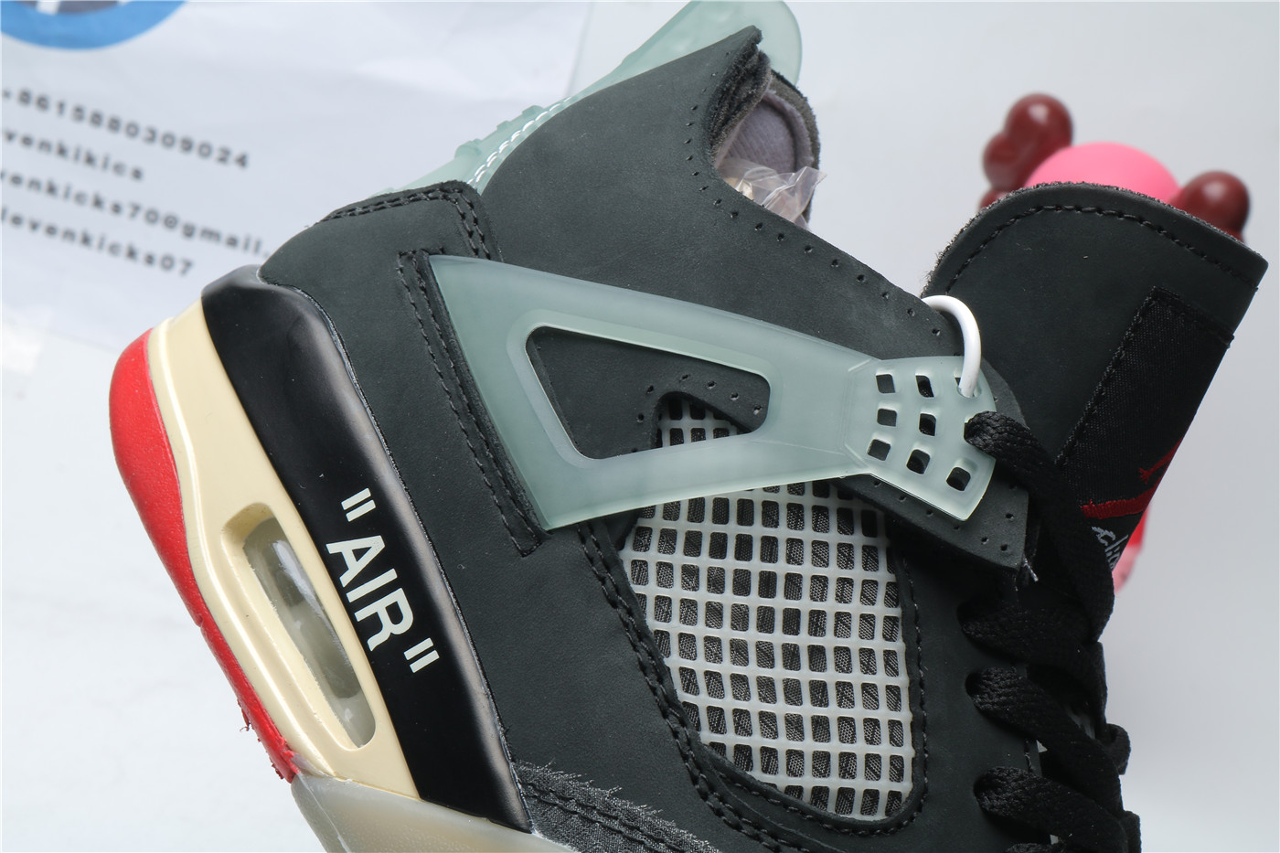 Air Jordan 4 Off White Bred