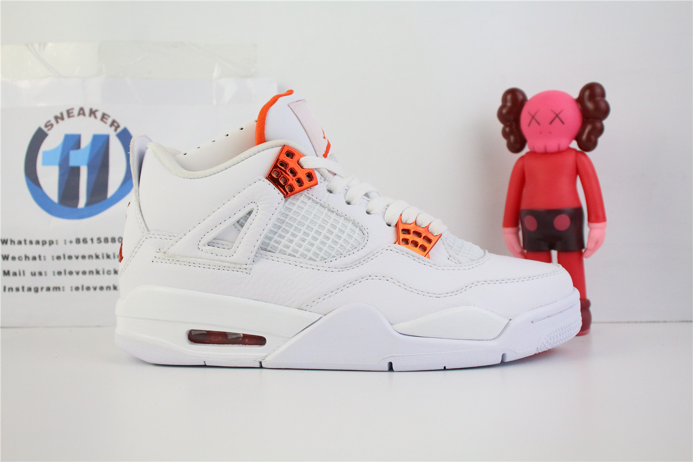Air Jordan 4 Retro Metallic Orange CT8527-114